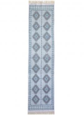 Tapis berbère Grand Tapis Margoum Yasmina 75x300 Bleu Blanc (Fait main, Laine, Tunisie) Tapis margoum tunisien de la ville de Ka
