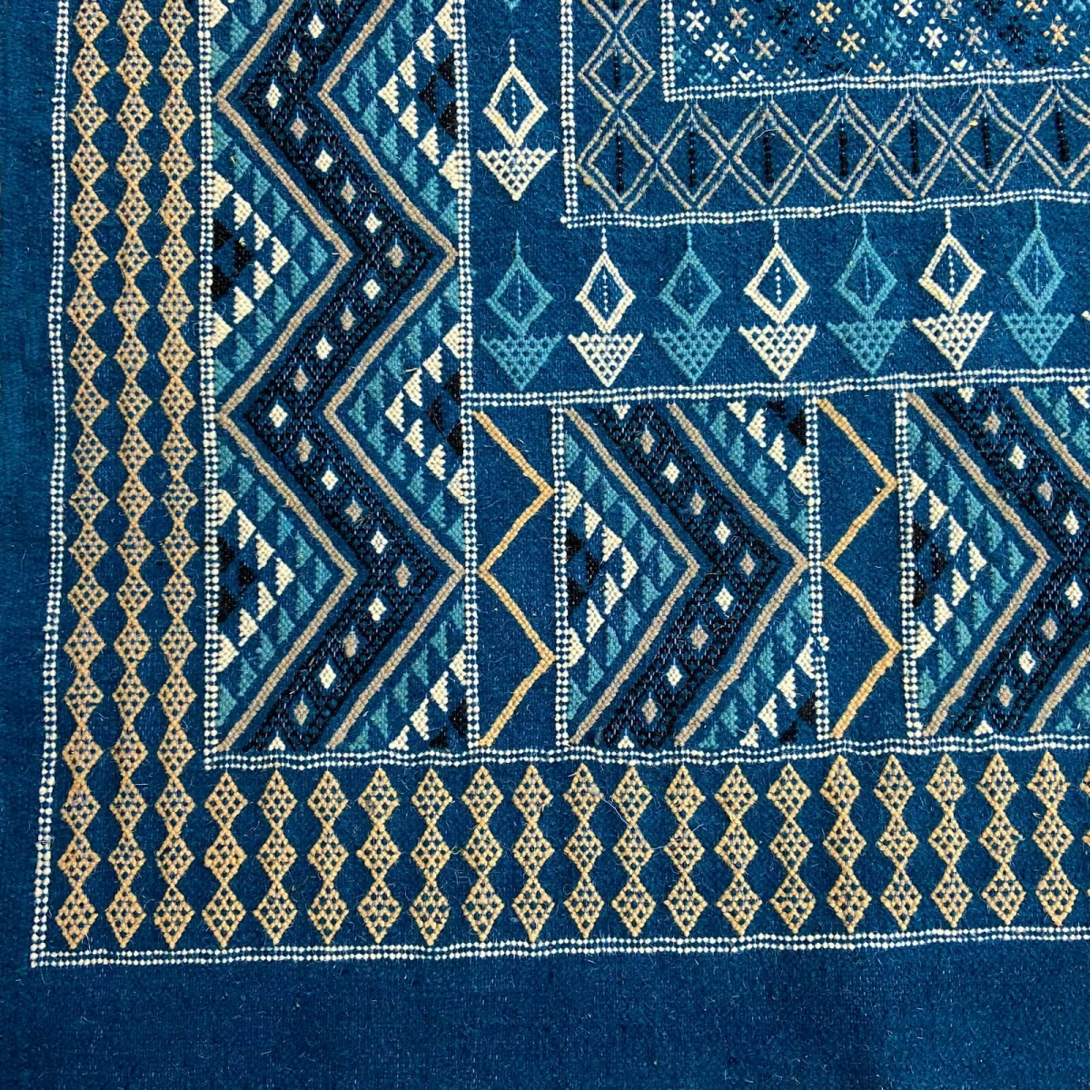 Berber carpet Rug Margoum Syphax 200x300 cm Blue/White (Handmade, Wool, Tunisia) Tunisian margoum rug from the city of Kairouan.